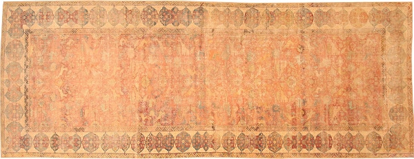 Should You Be an Eclectic or a Selective Rug Collector? Collecting of Antique Rugs by Nazmiyal
