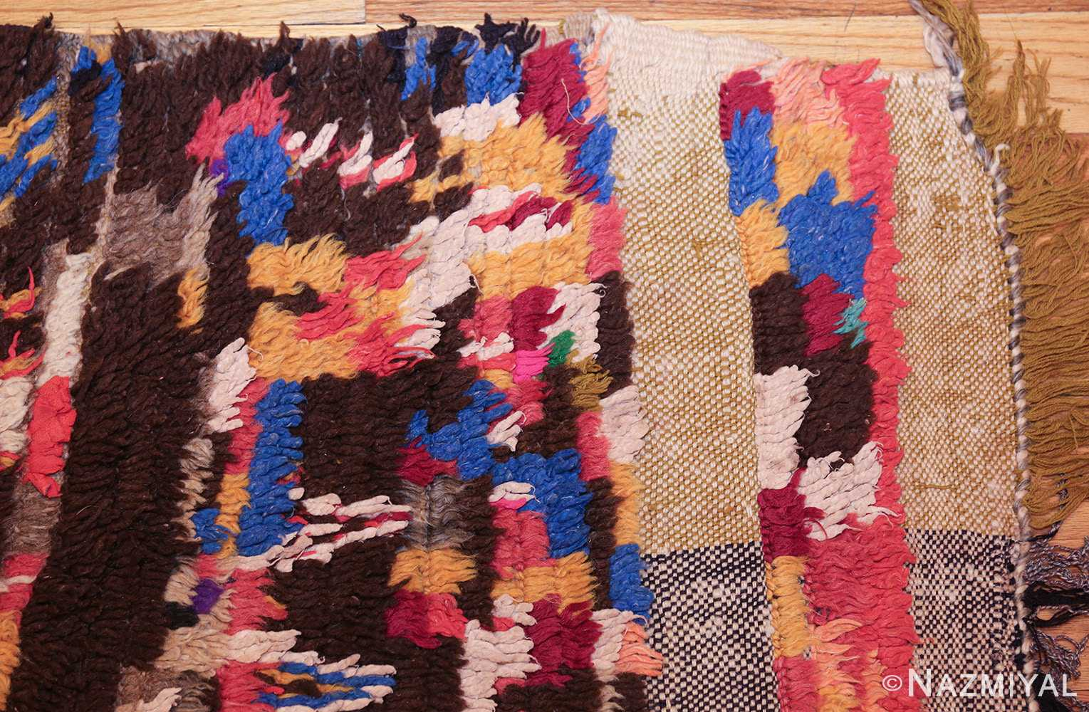 mid century vintage folk art moroccan rug 45013 corner Nazmiyal