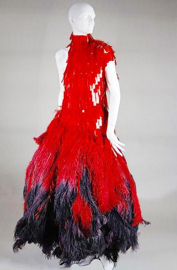 Alexander McQueen Savage Beauty by Nazmiyal