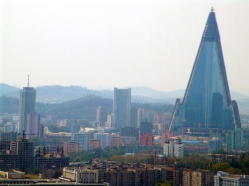 Hotel Ryugyong, Pyongyang, North Korea Nazmiyal