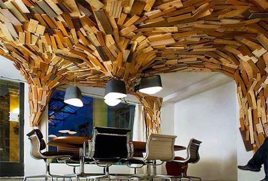Creative Modern Office Interior by Nazmiyal
