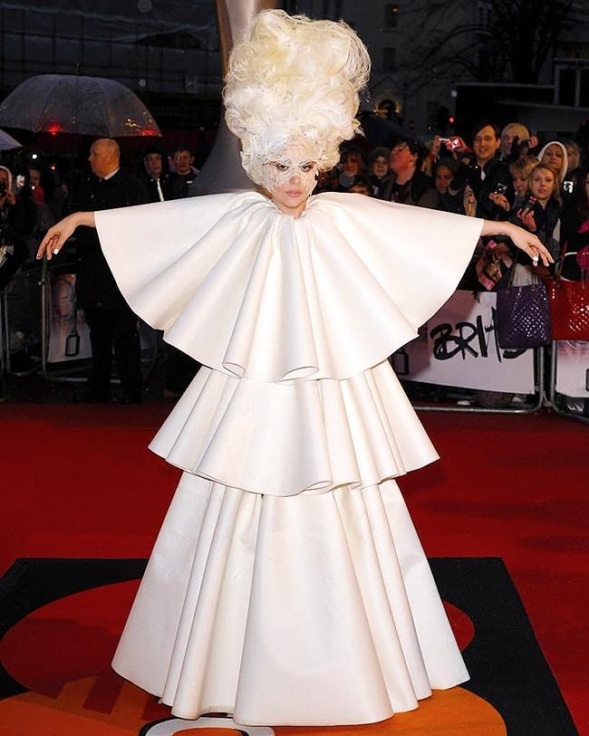 Lady Gaga Fashion White Dress At The Brit Awards - Nazmiyal