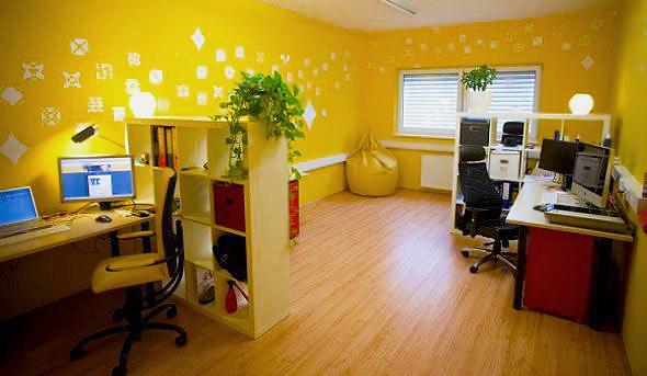 Modern Office Interior Design by Nazmiyal