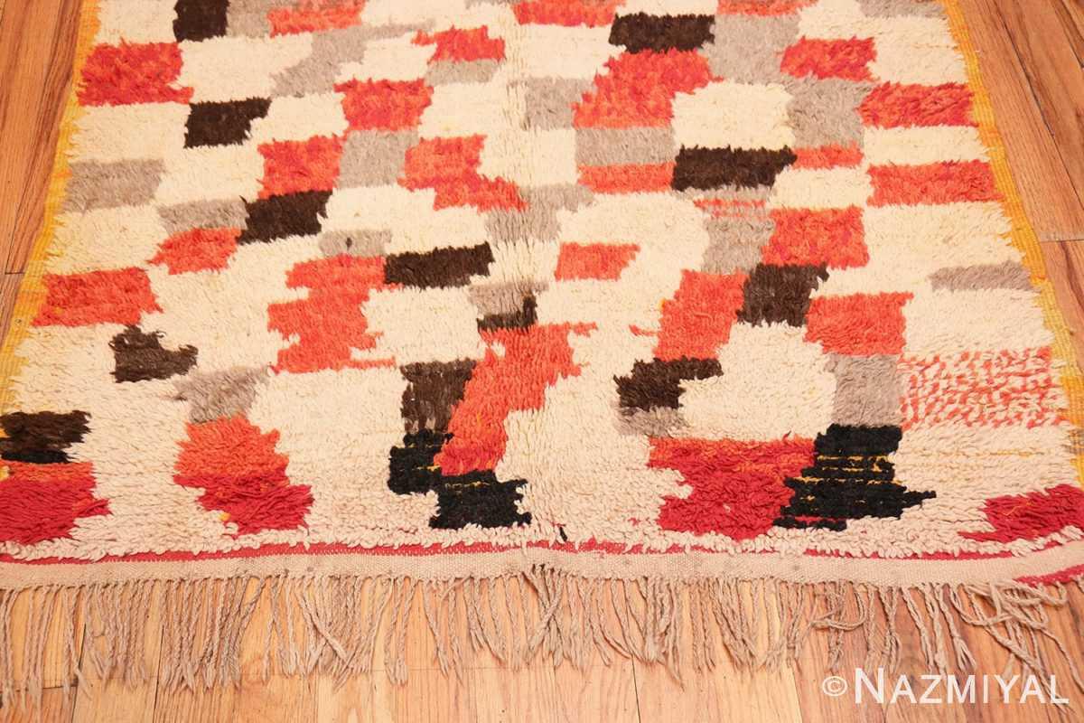 Border Vintage mid century Morocan rug 45350 by Nazmiyal