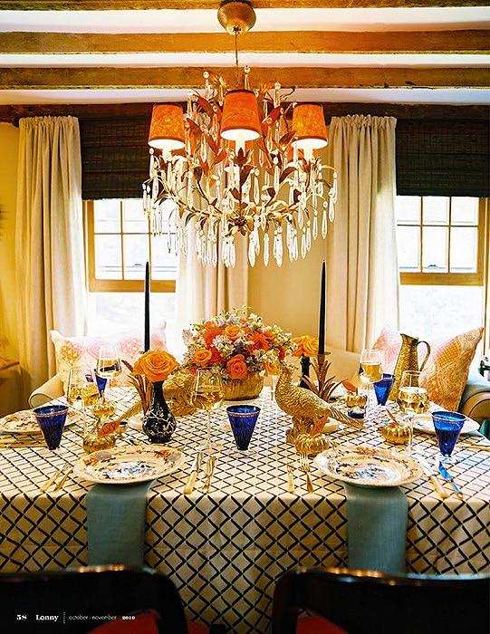 Decorated Thanksgiving Table Setting - Nazmiyal