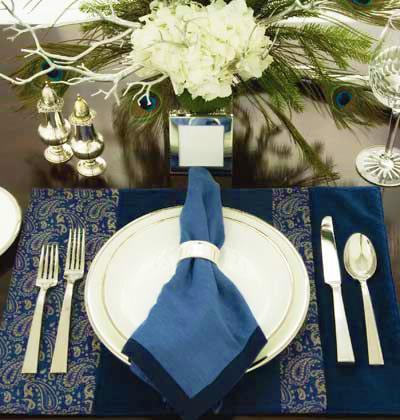 Festive Hanukkah Place Setting Nazmiyal