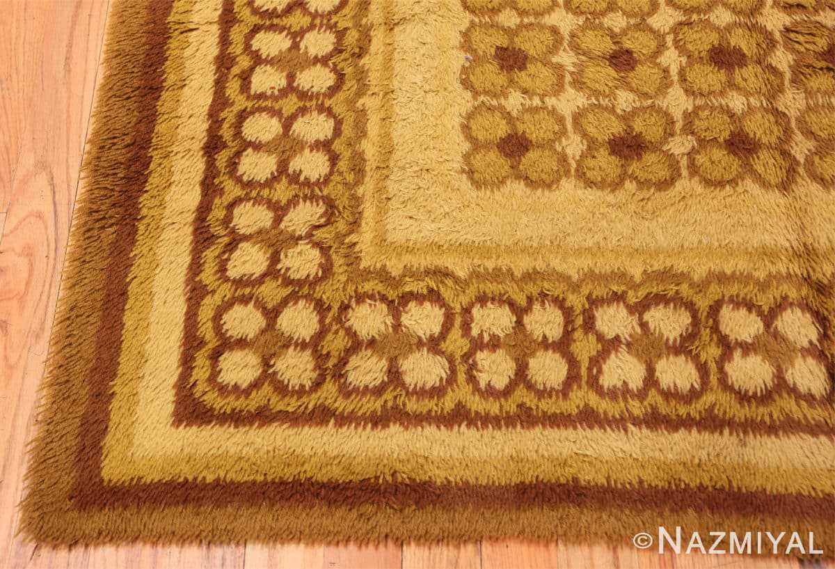 Corner vintage Scandinavian Rya rug 45535 by Nazmiyal