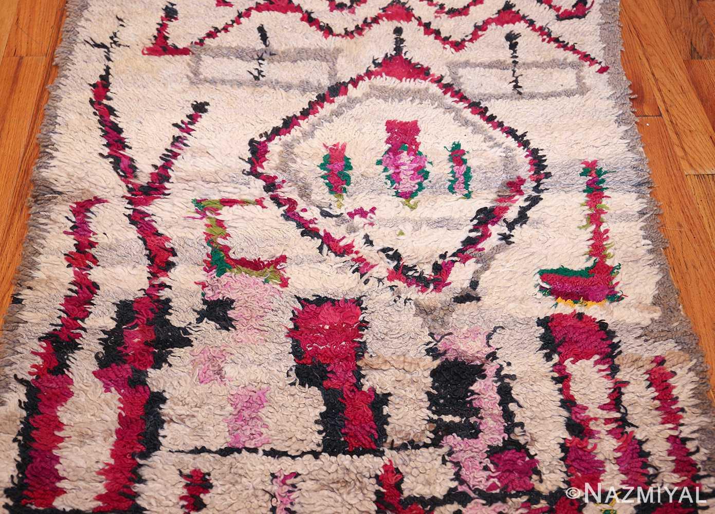 vintage moroccan rug 45608 field Nazmiyal