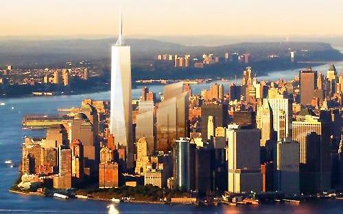 One World Trade Center by Nazmiyal