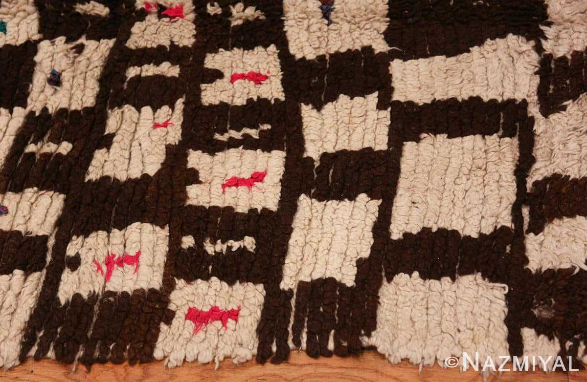 Border Mid century Modern Vintage Moroccan rug 46050 by Nazmiyal