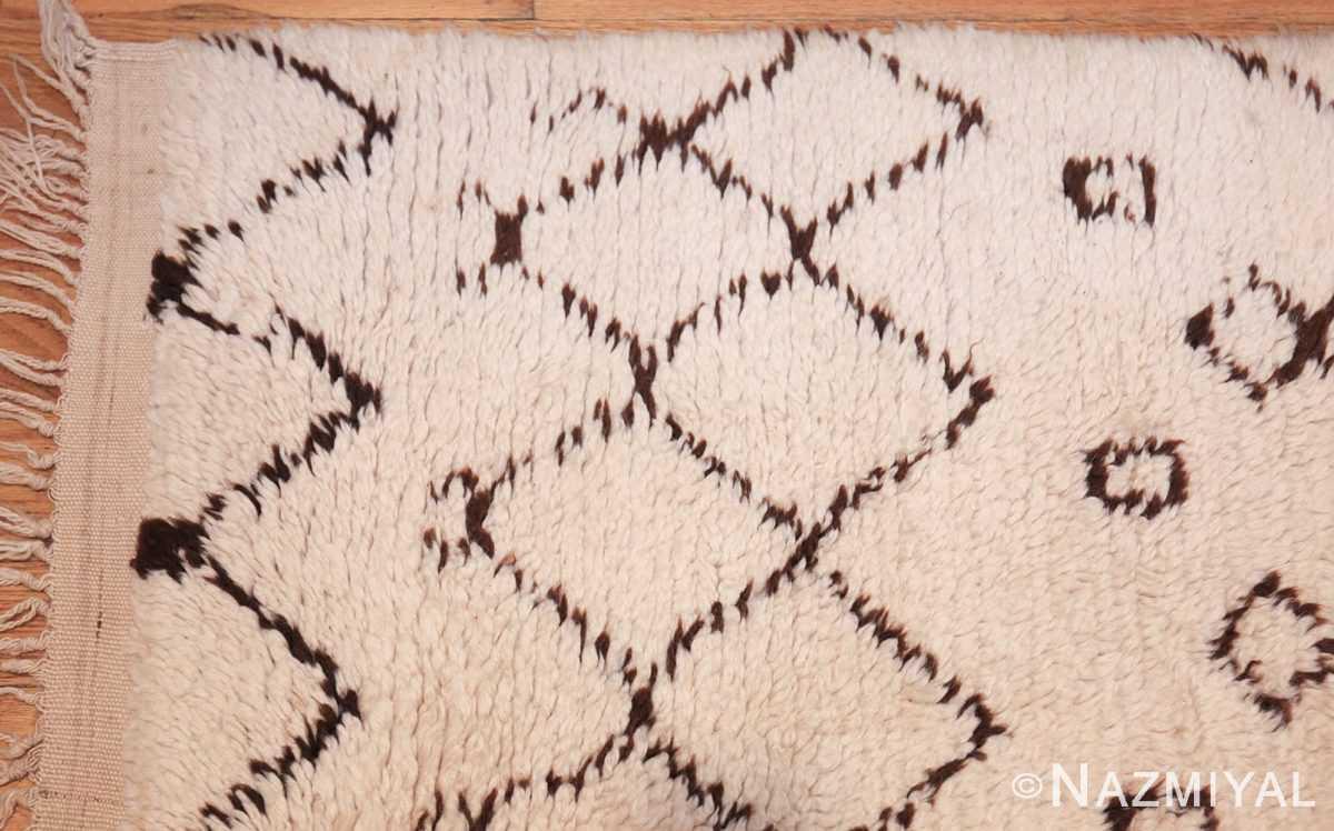 vintage moroccan rug 46011 corner Nazmiyal