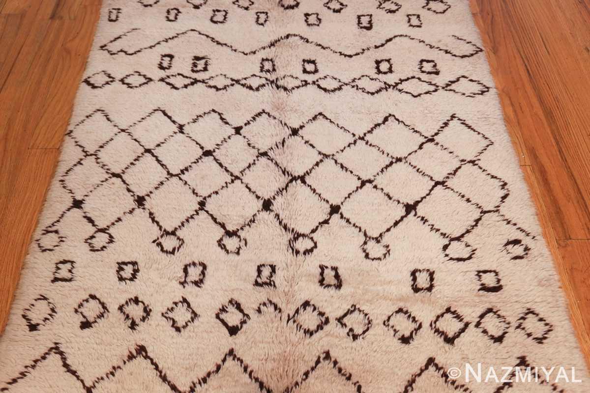 vintage moroccan rug 46011 field Nazmiyal