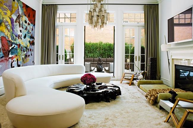 Living Room Decor with a Mid Century Serpentine Sofa by Vladimir Kagan Nazmiyal