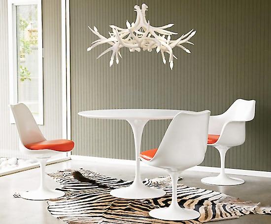 Mid Century Tulip Chairs Dinning Room Set Designed by Eero Saarinen Nazmiyal
