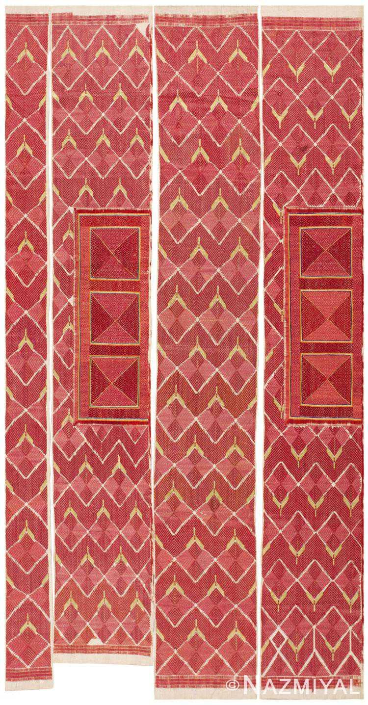 Antique Embroidery/4 pcs. 46129 Detail/Large View