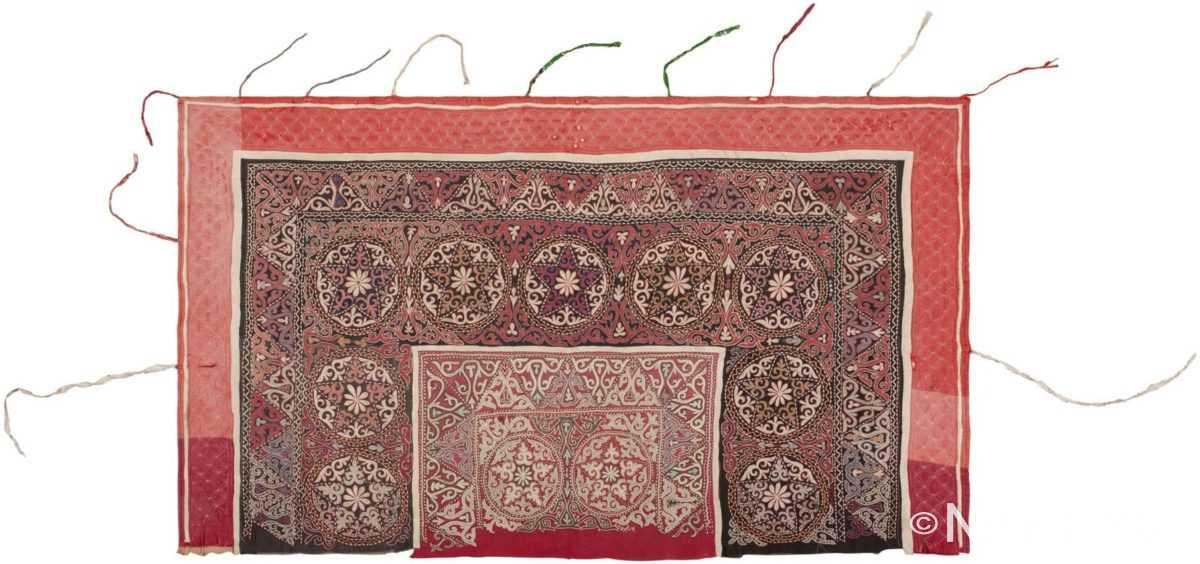 Antique Suzani Textile 46140 Detail/Large View
