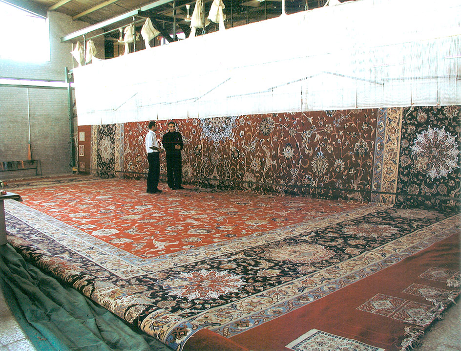 Largest rugs the worlds biggest rug nazmiyal blog for Largest area rug size