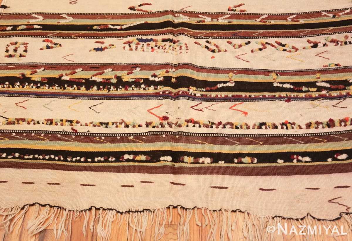 Border Moroccan rug 46471 by Nazmiyal