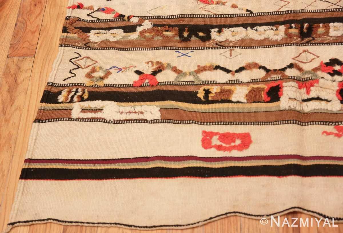 Corner Moroccan rug 46471 by Nazmiyal