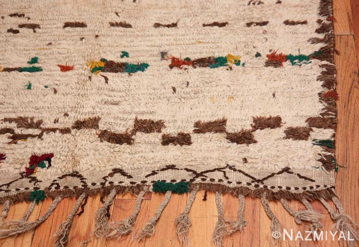 Corner Vintage Moroccan rug 46433 by Nazmiyal