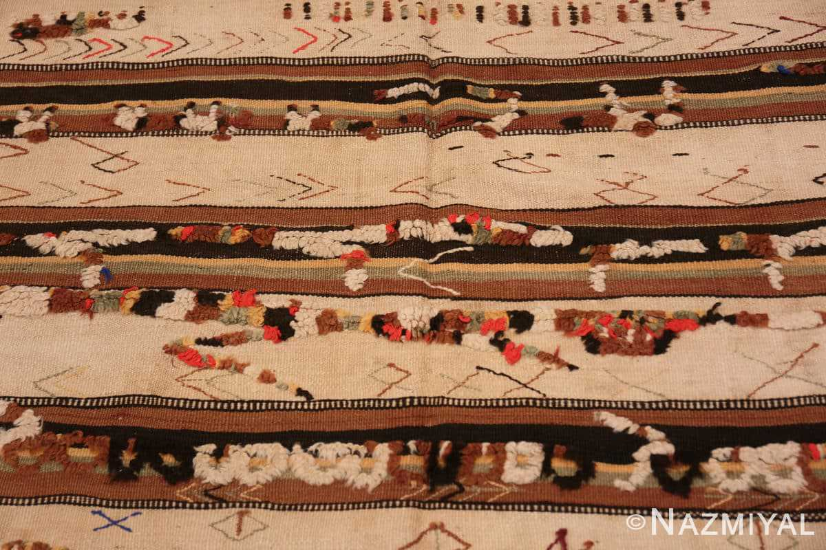 Field Moroccan rug 46471 by Nazmiyal