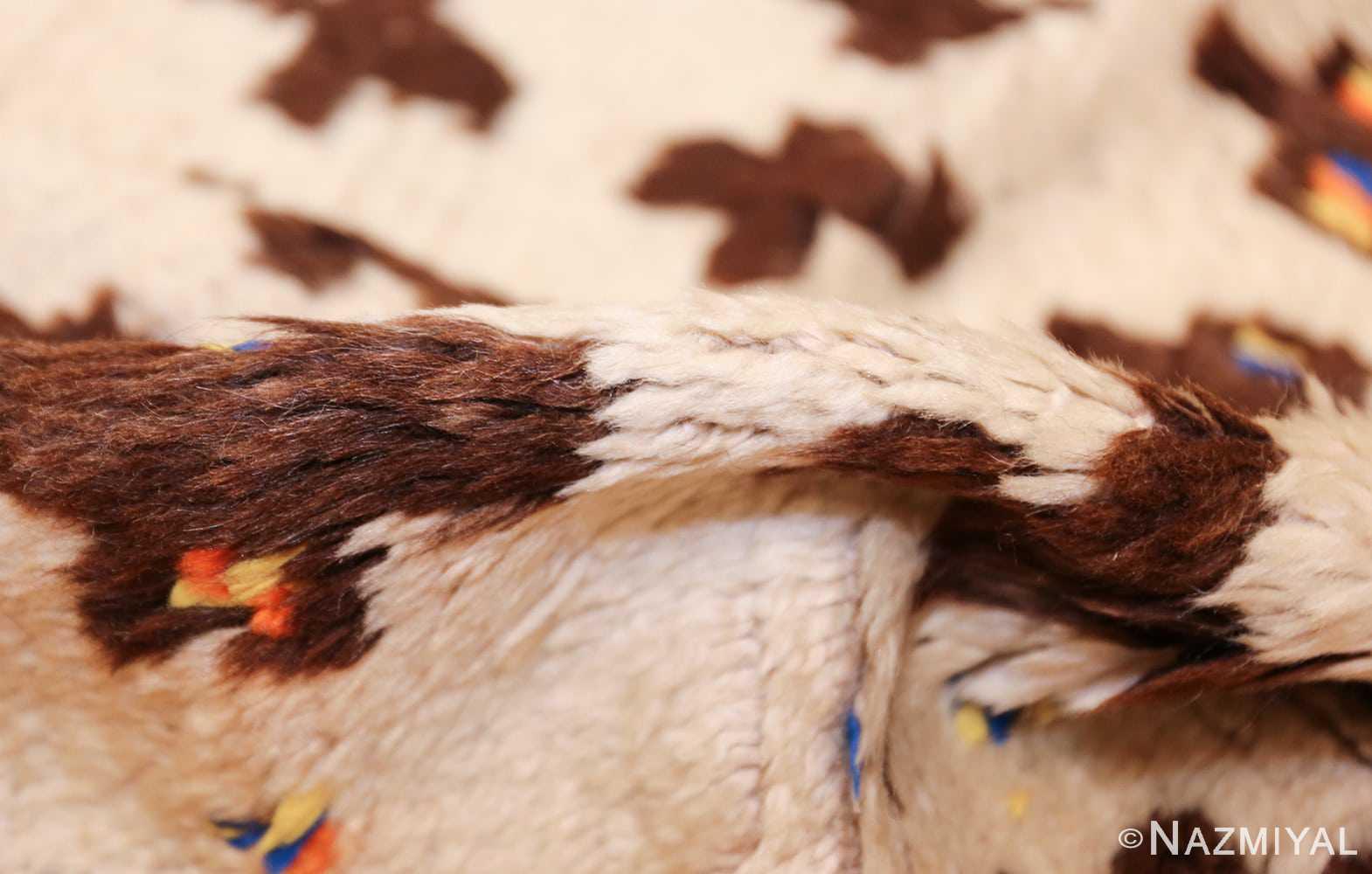 vintage moroccan rug 46434 pile Nazmiyal