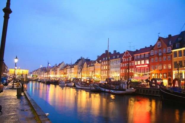 Nazmiyal Antique Rugs Denmark Antikke Tæpper København Danmark