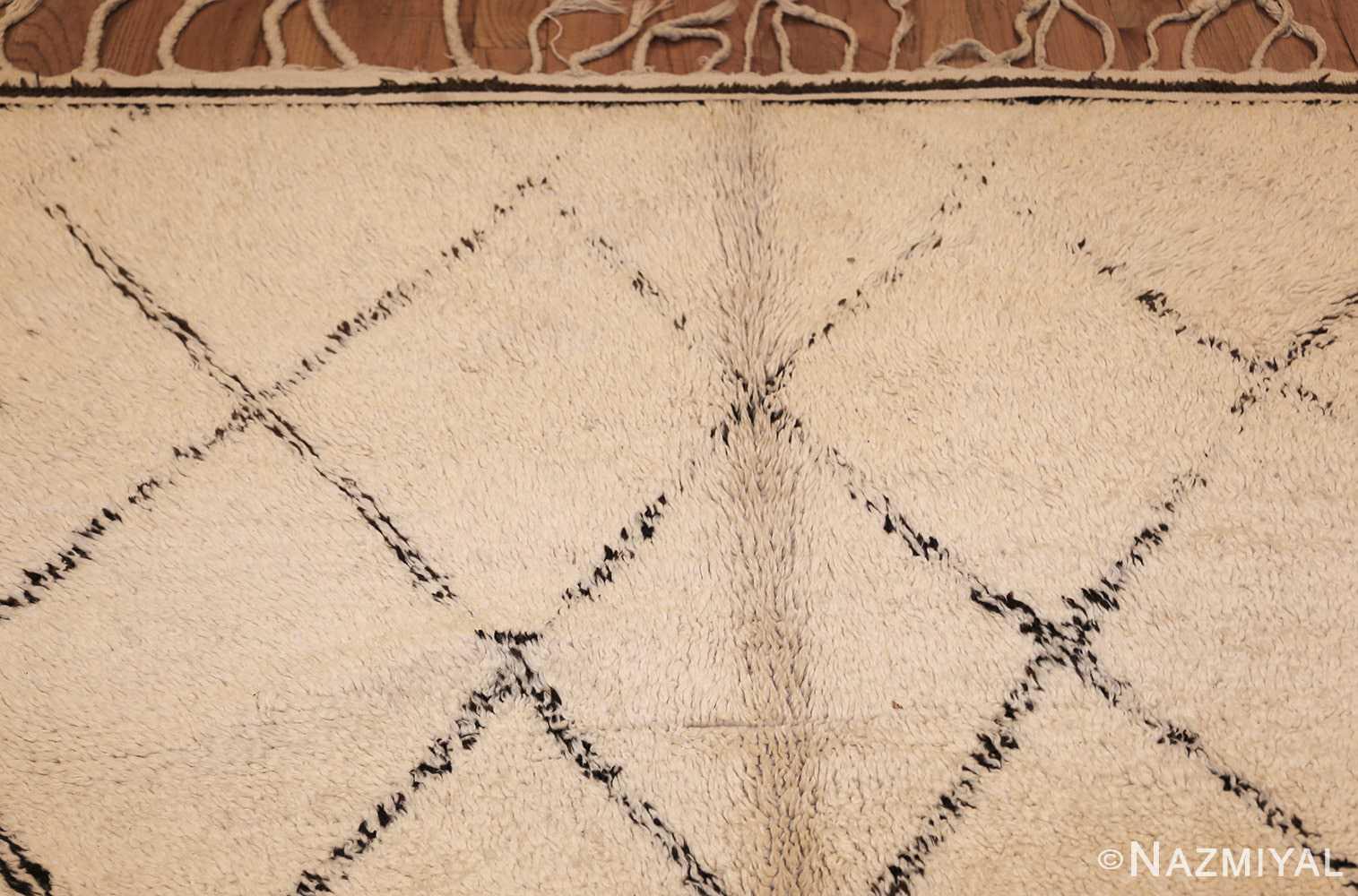 vintage moroccan rug 47108 top Nazmiyal