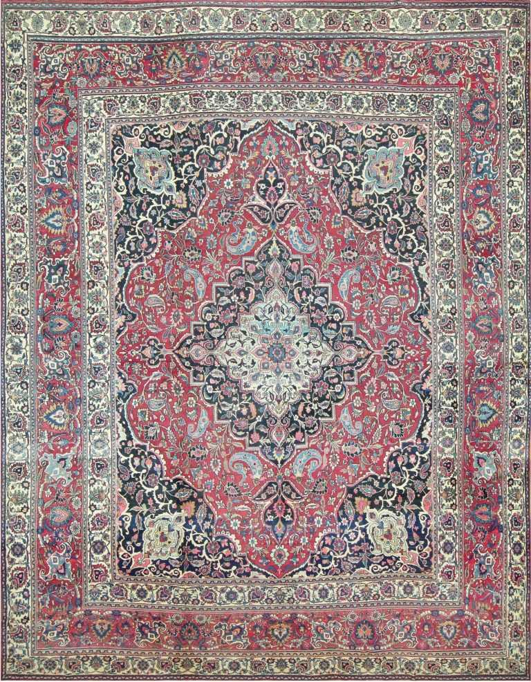 Fine Antique Persian Khorassan Oversized Rug 47521 Detail/Large View