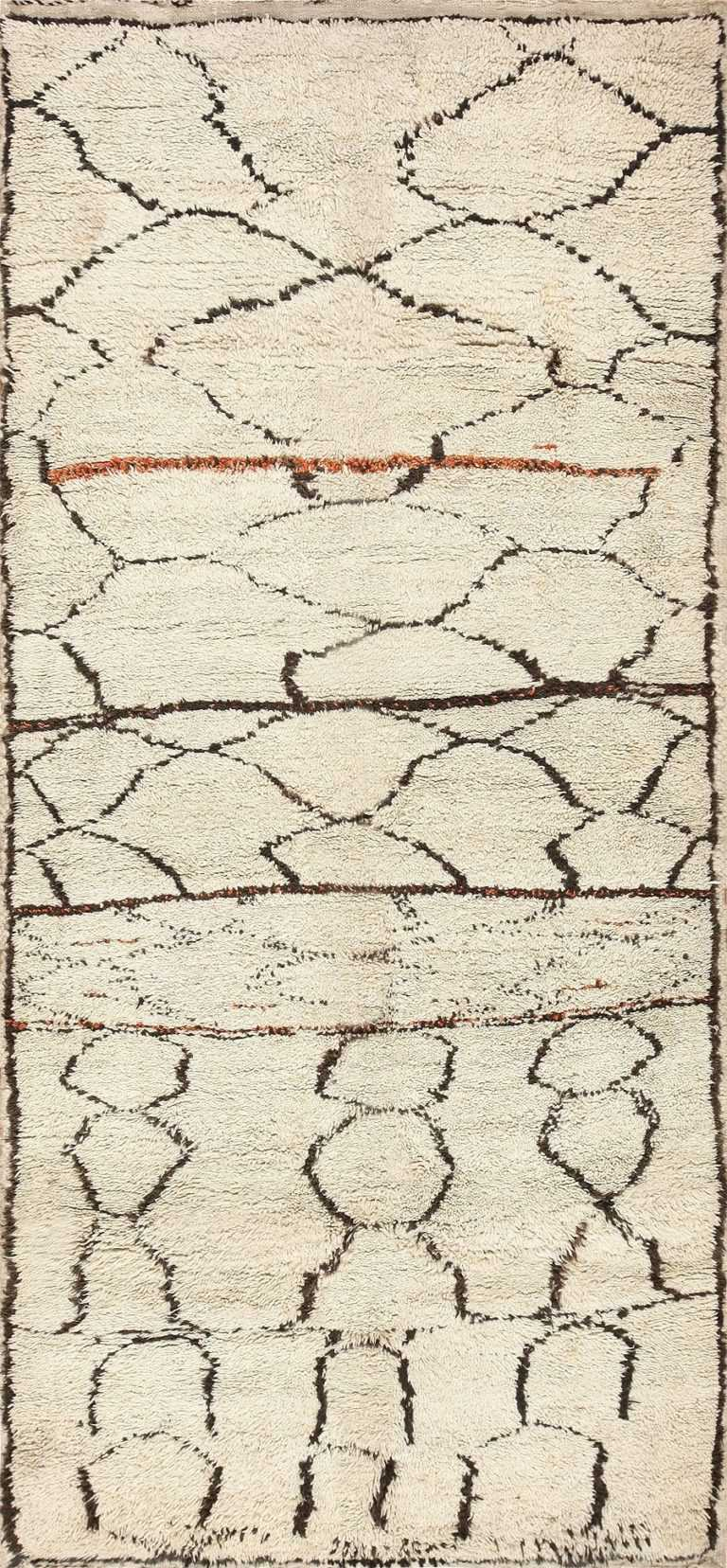 Ivory and Black Beni Ourain Moroccan Rug 47927 Detail/Large View