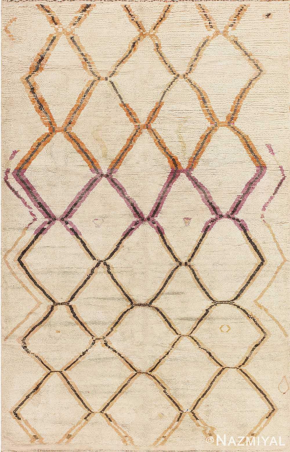Beautiful Vintage Moroccan Rug 47911 Detail/Large View