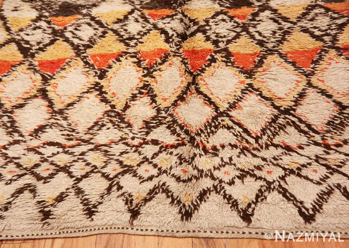 Border Tribal Vintage Berber Shag Moroccan rug 47929 by Nazmiyal