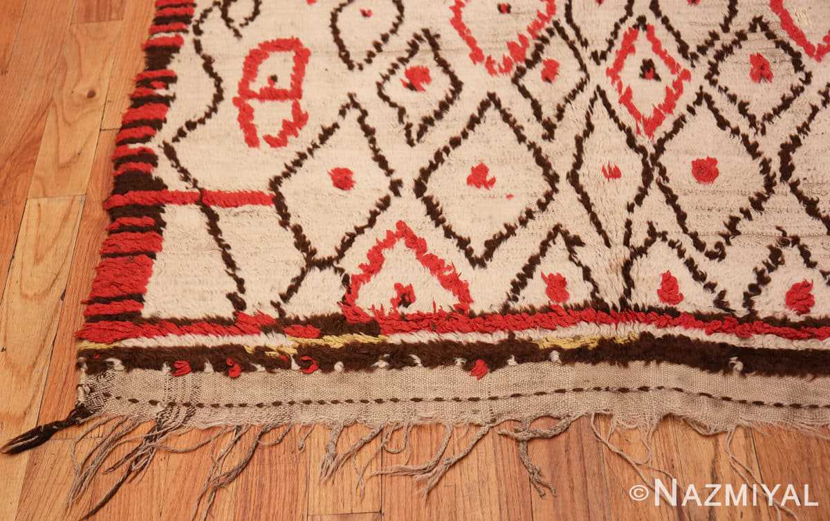 Corner Rare White and Red Vintage Moroccan carpet 47954 by Nazmiyal