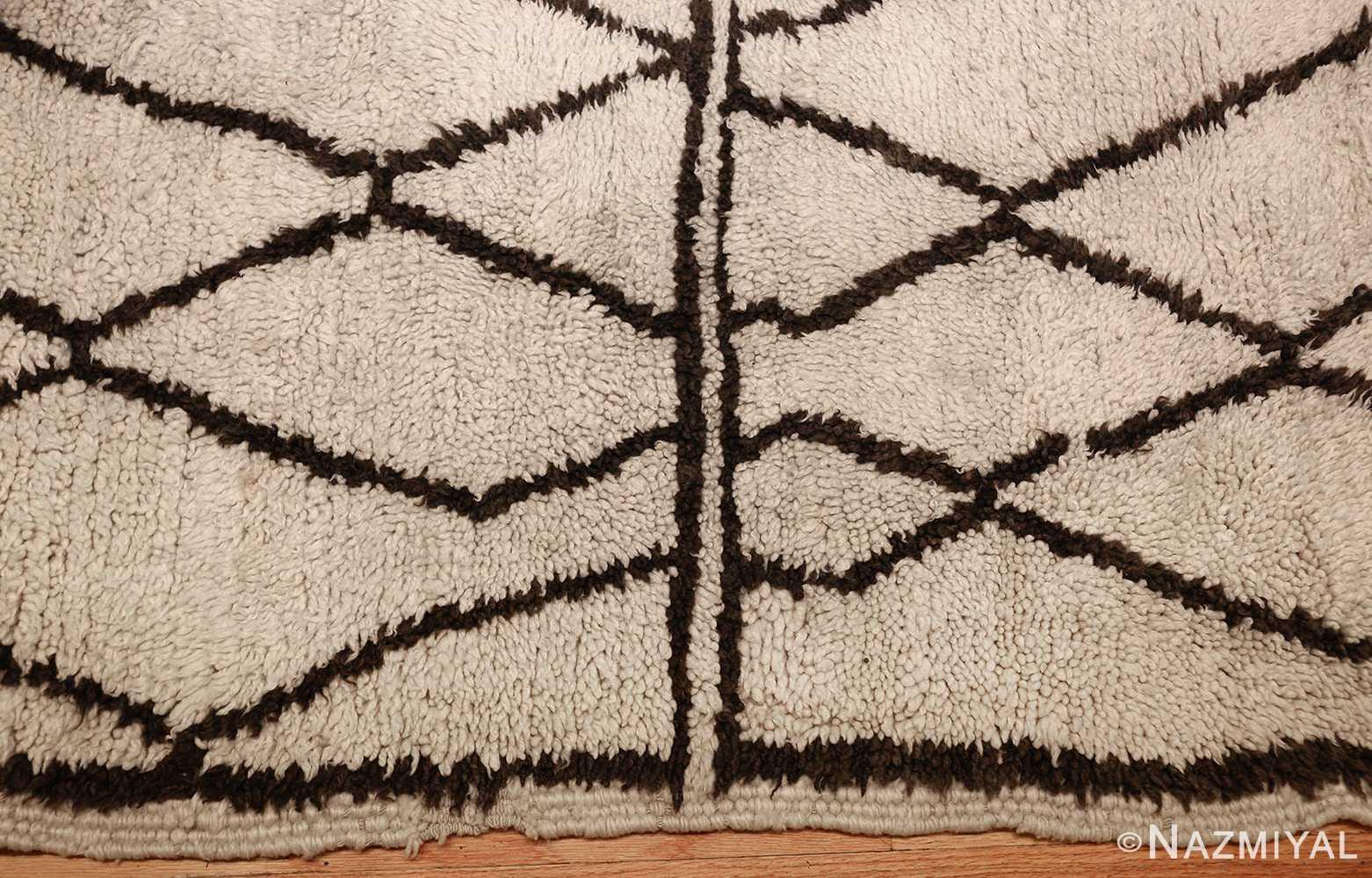 ivory and brown beni ourain rug morocco 47933 border Nazmiyal