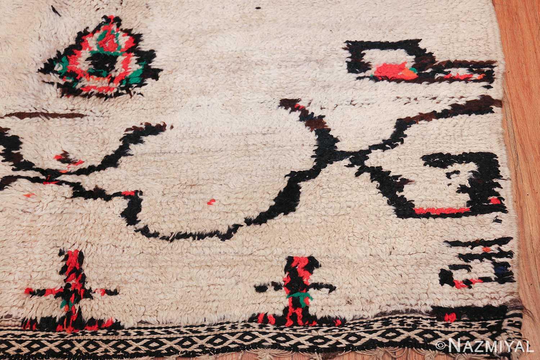 vintage moroccan rug 47952 corner Nazmiyal