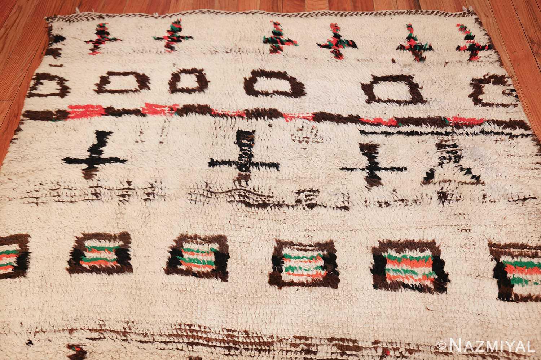 vintage moroccan rug 47952 top Nazmiyal