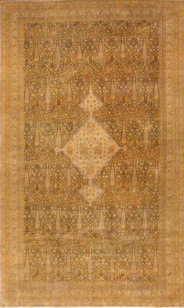 Antique Persian Sivas Rug 42363 Detail/Large View