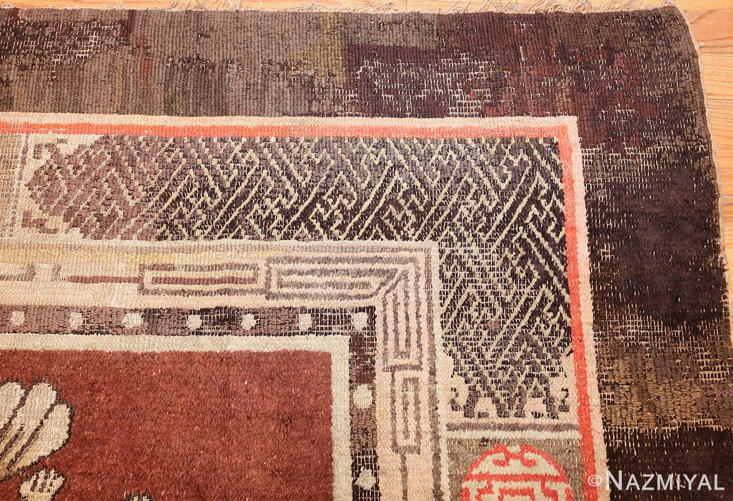 antique 17th century chinese fu dogs rug 48031 corner Nazmiyal
