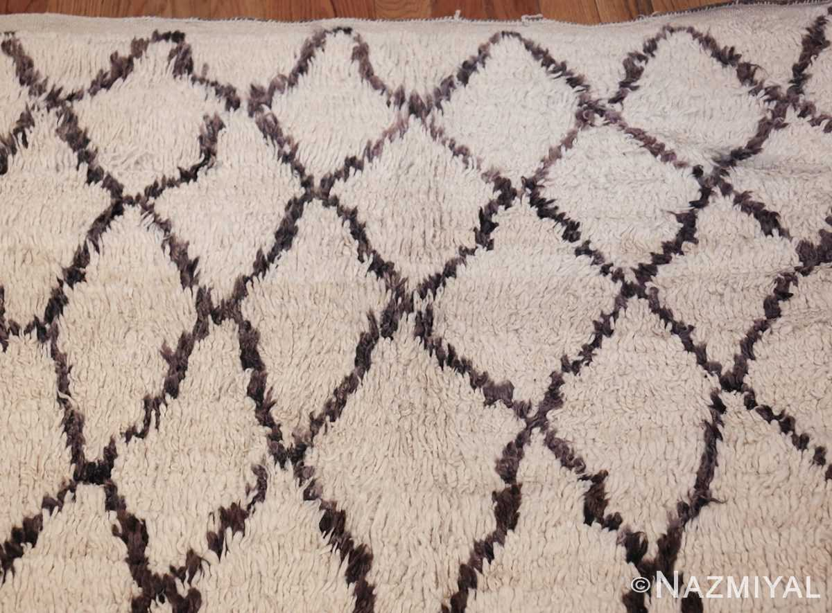 vintage moroccan rug 45096 top Nazmiyal