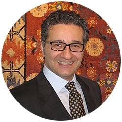 Alen Erfanian, antique rug expert