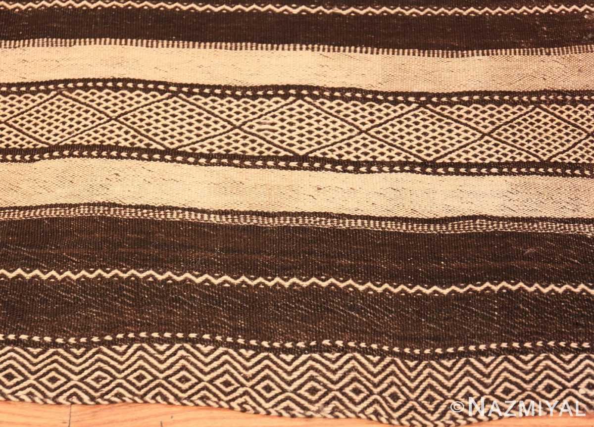 Border Vintage Moroccan Kilim rug 46440 by Nazmiyal