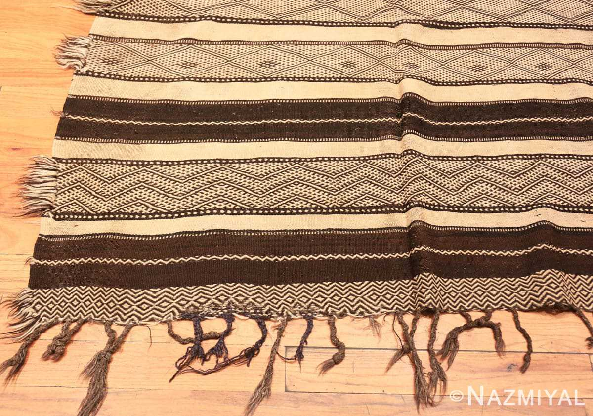 Corner Vintage Moroccan Kilim rug 46440 by Nazmiyal