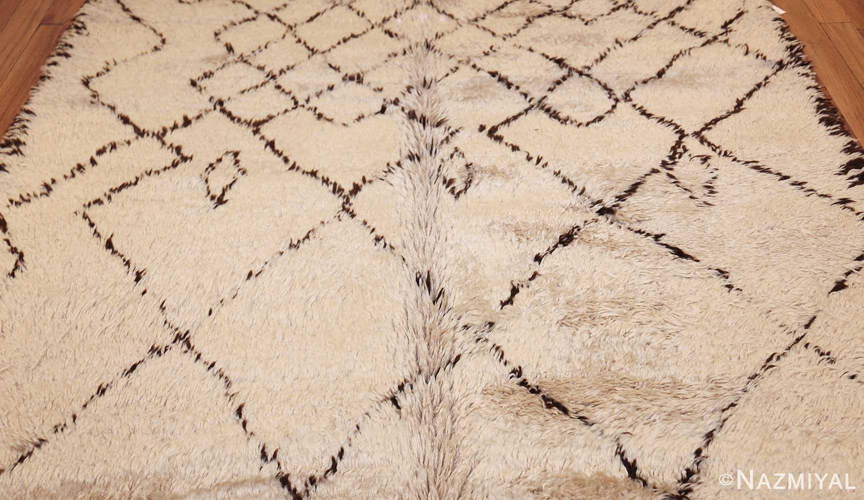 vintage moroccan rug 48390 field Nazmiyal