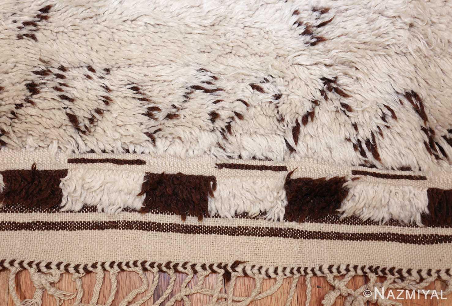 vintage moroccan rug 48390 fringe Nazmiyal