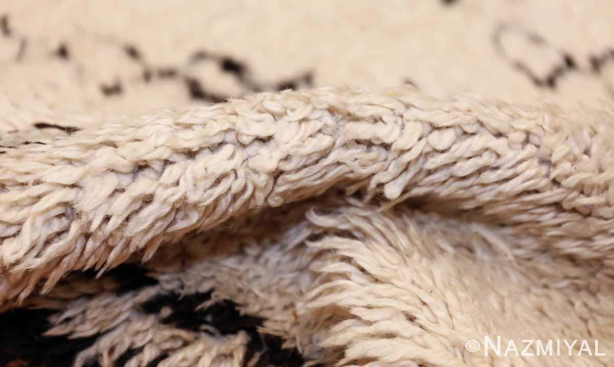 vintage moroccan rug 48393 pile Nazmiyal