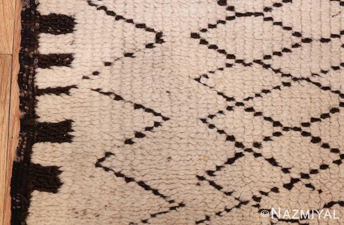 vintage moroccan rug 48401 border Nazmiyal