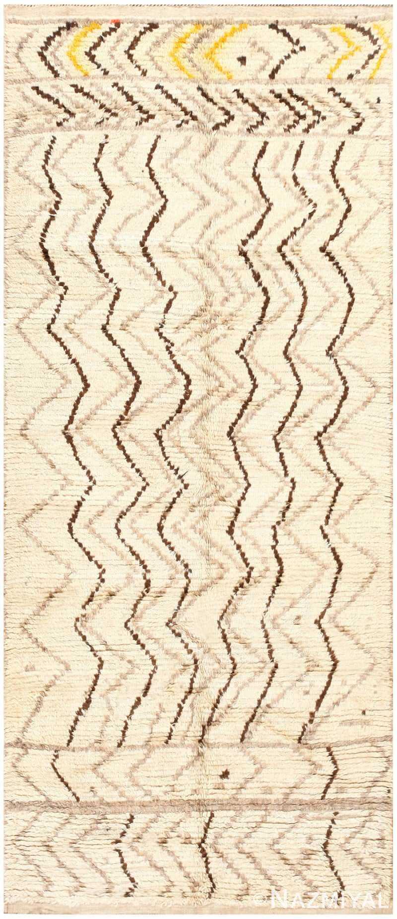 Vintage Tribal Moroccan Rug 48395 Detail/Large View