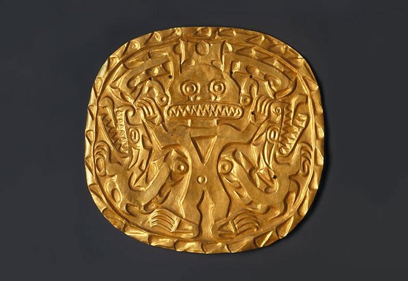 Coclé artist. Plaque with Crocodile Deity, circa 700–900. Sitio Conte, Coclé Province, Panama. Nazmiyal.