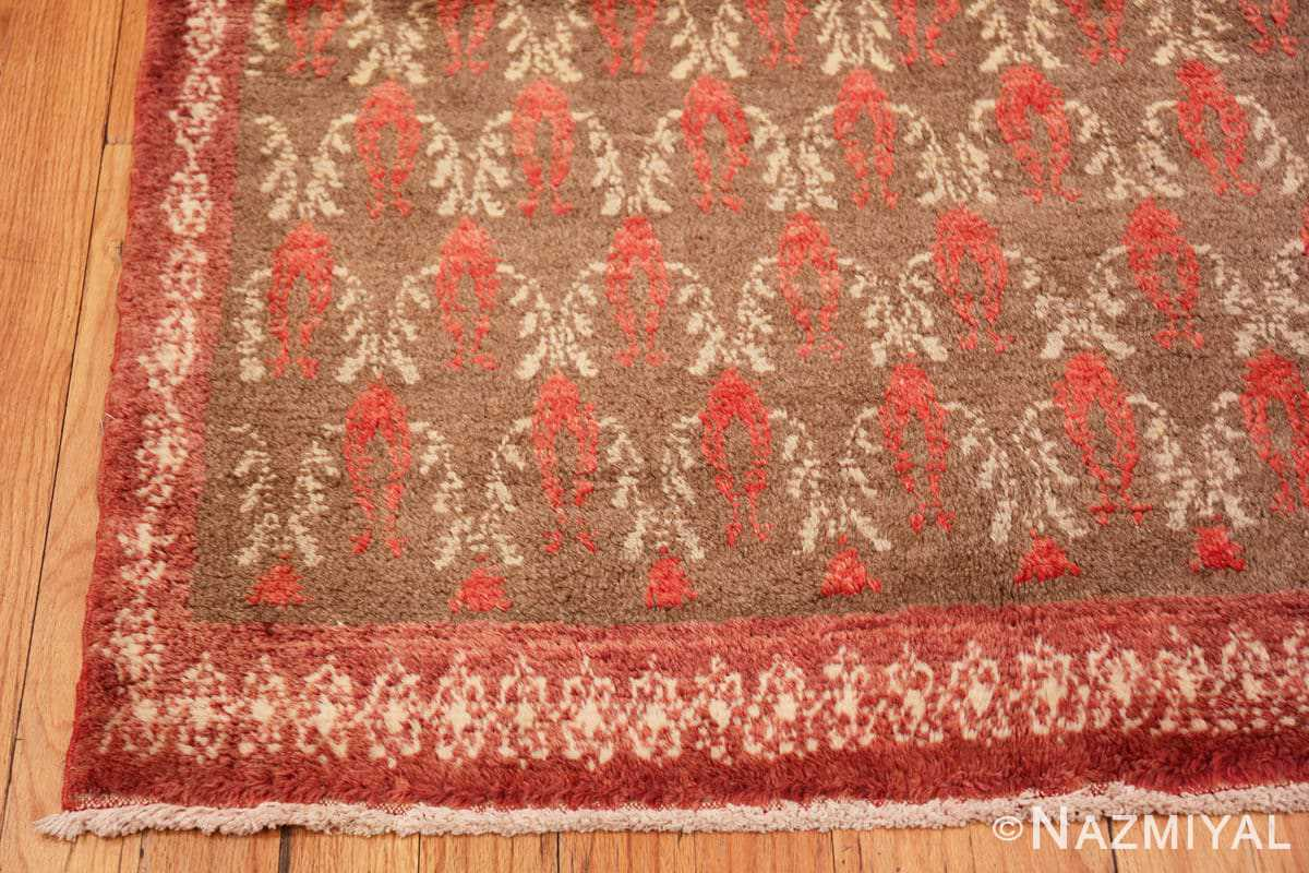 Corner Art Deco Turkish rug 50334 by Nazmiyal