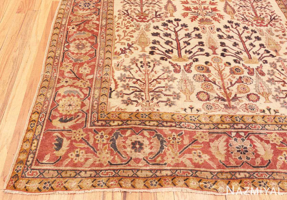 Corner Antique Ivory Persian Sultanabad rug 50095 by Nazmiyal